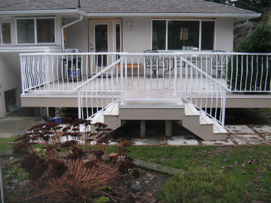 Exceptionnel Aluminum Railing. Deck. Stairs.