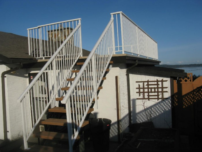 Aluminum Deck Stairs